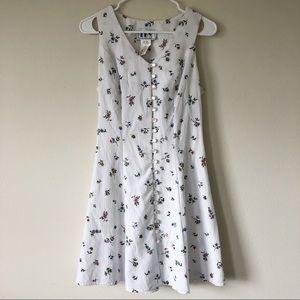 Vintage Dainty White Floral Button Dress